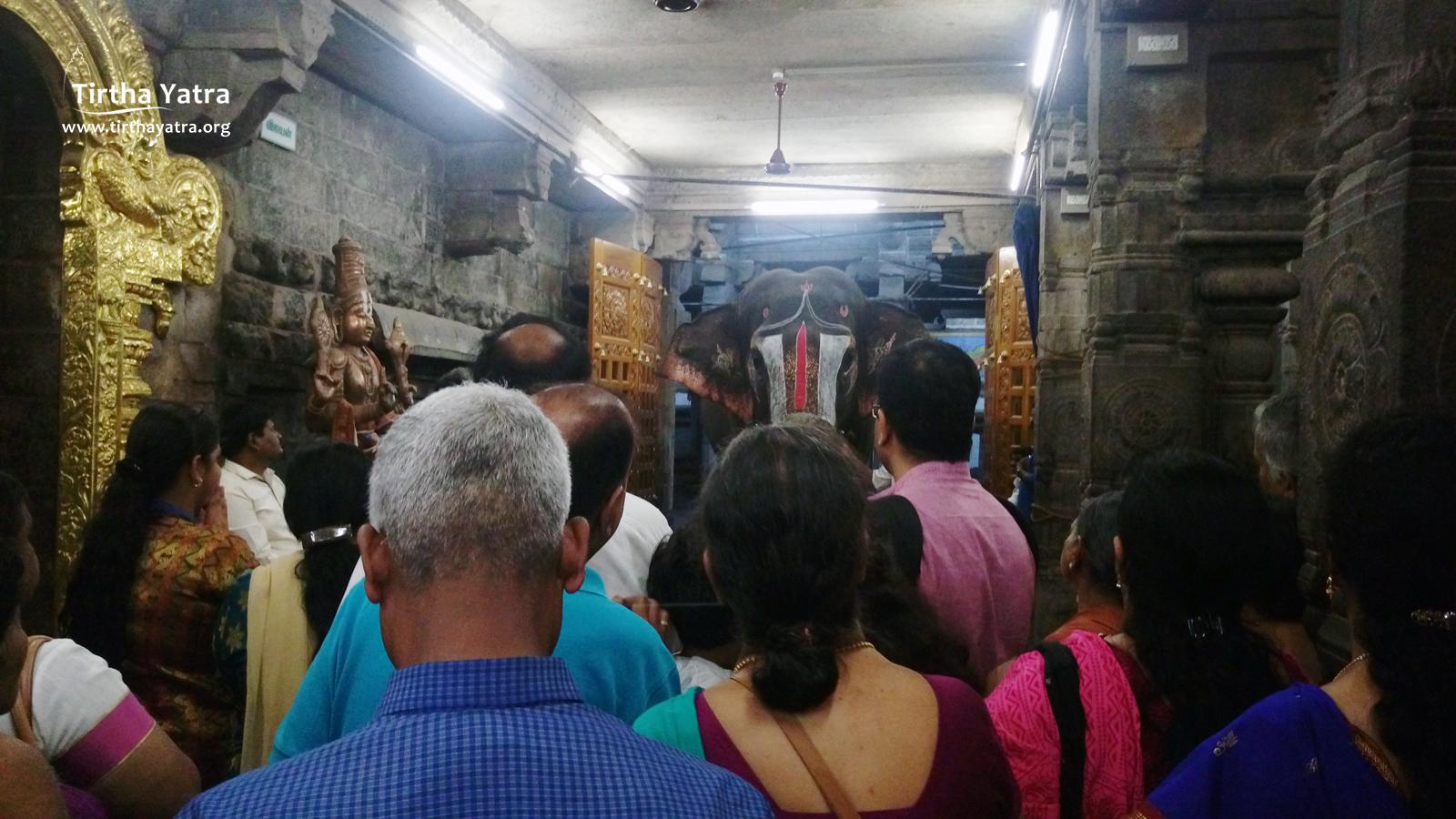 Vishwarupa darshan in Srirangam