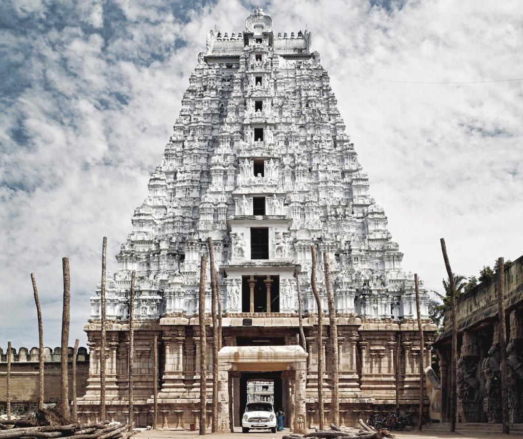 Vellai Gopuram in Srirangam temple