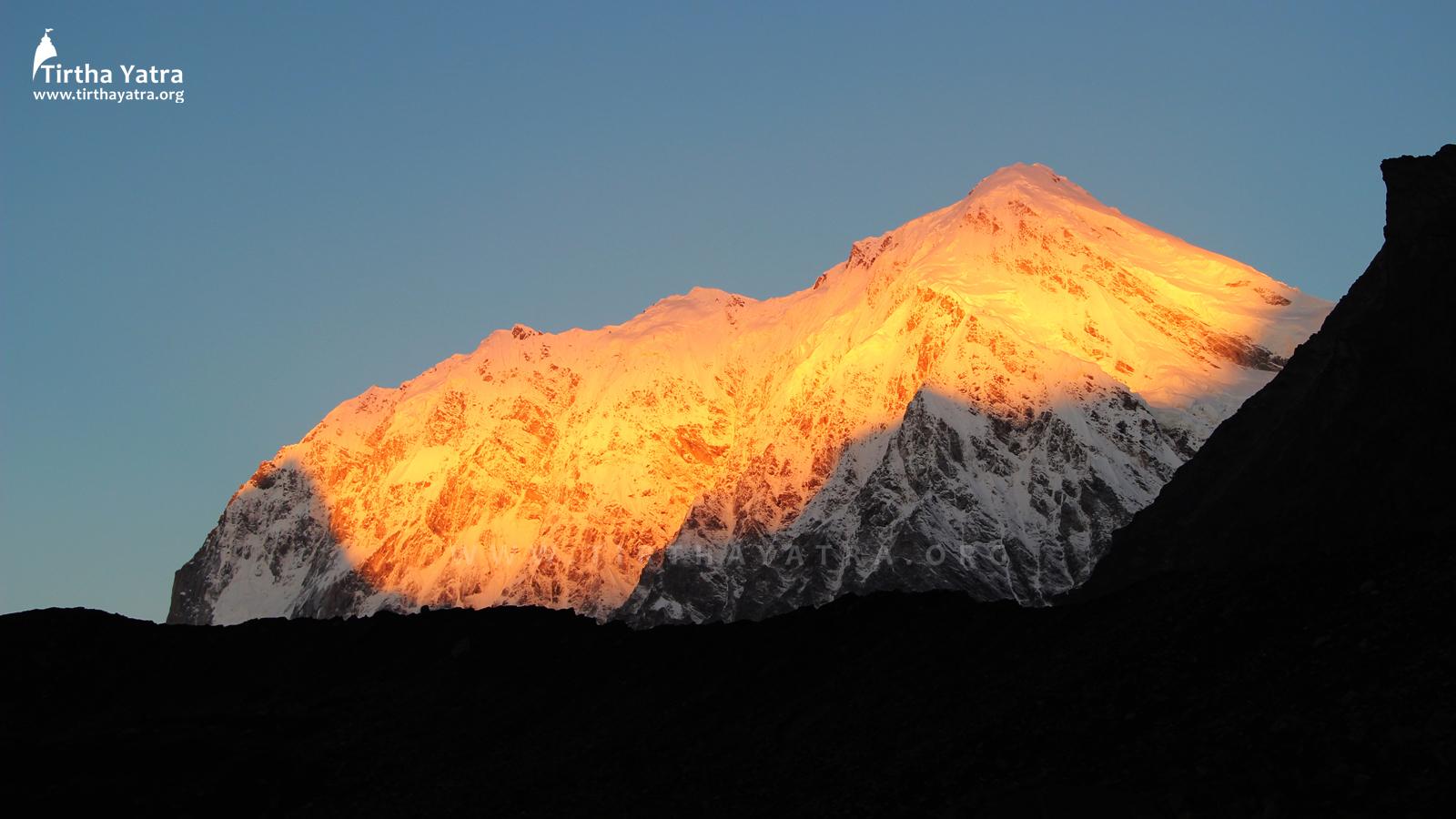 Chaukhamba Mountain