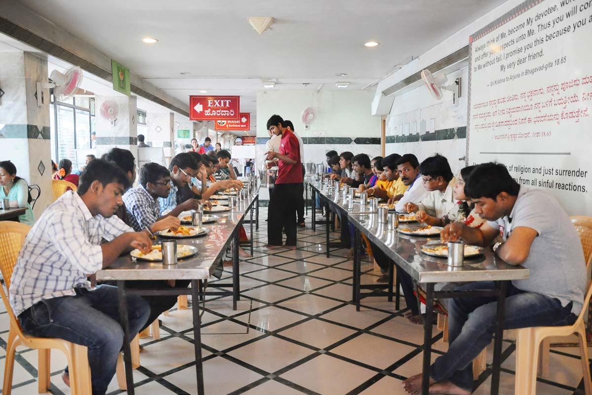 Nithya Annadaana at ISKCON Bangalore